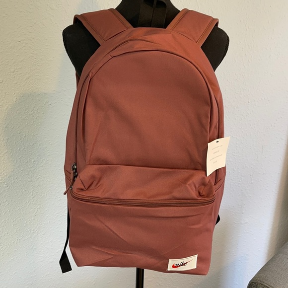 Nike Heritage Backpack 🎒 Sepia in Color